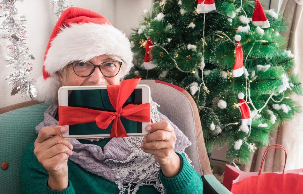 senior-living-dunwoody-ga-tablet