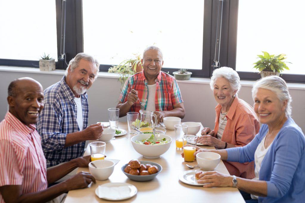 adult-day-care-dunwoody-ga-eating