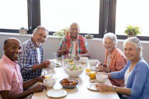 assisted-living-dunwoody-ga-eating